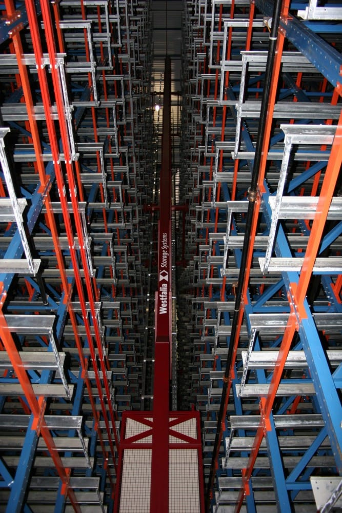 Westfalia Storage/Retrieval Machine (S/RM) in rack