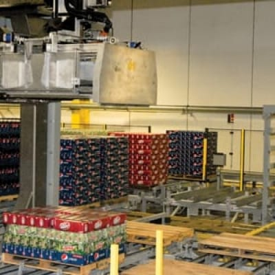 automated layer picking technology - beverage